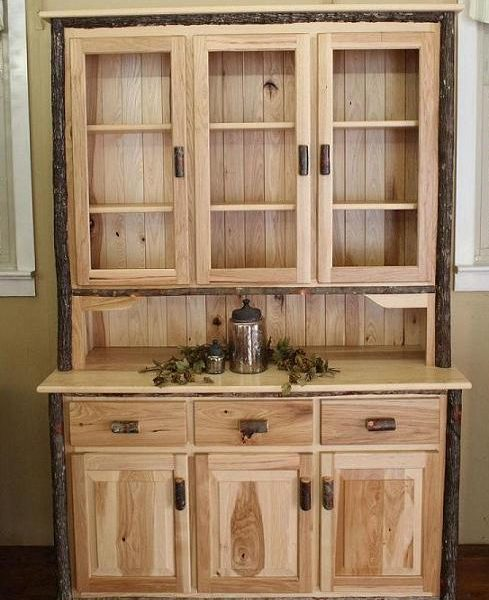 3 Door Hickory Hutch With Glass Doors Carriage House