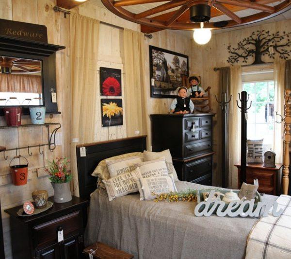 primitive bedroom. rustic9 Pine Primitive Bedroom furniture  Carriage House Furnishings