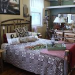 Hickory Queen Bed Set