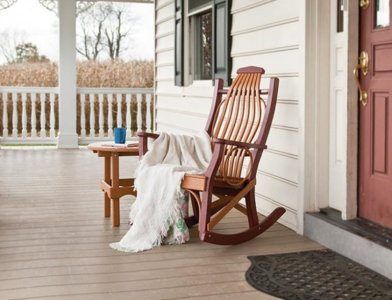 Outdoor Amish Furniture